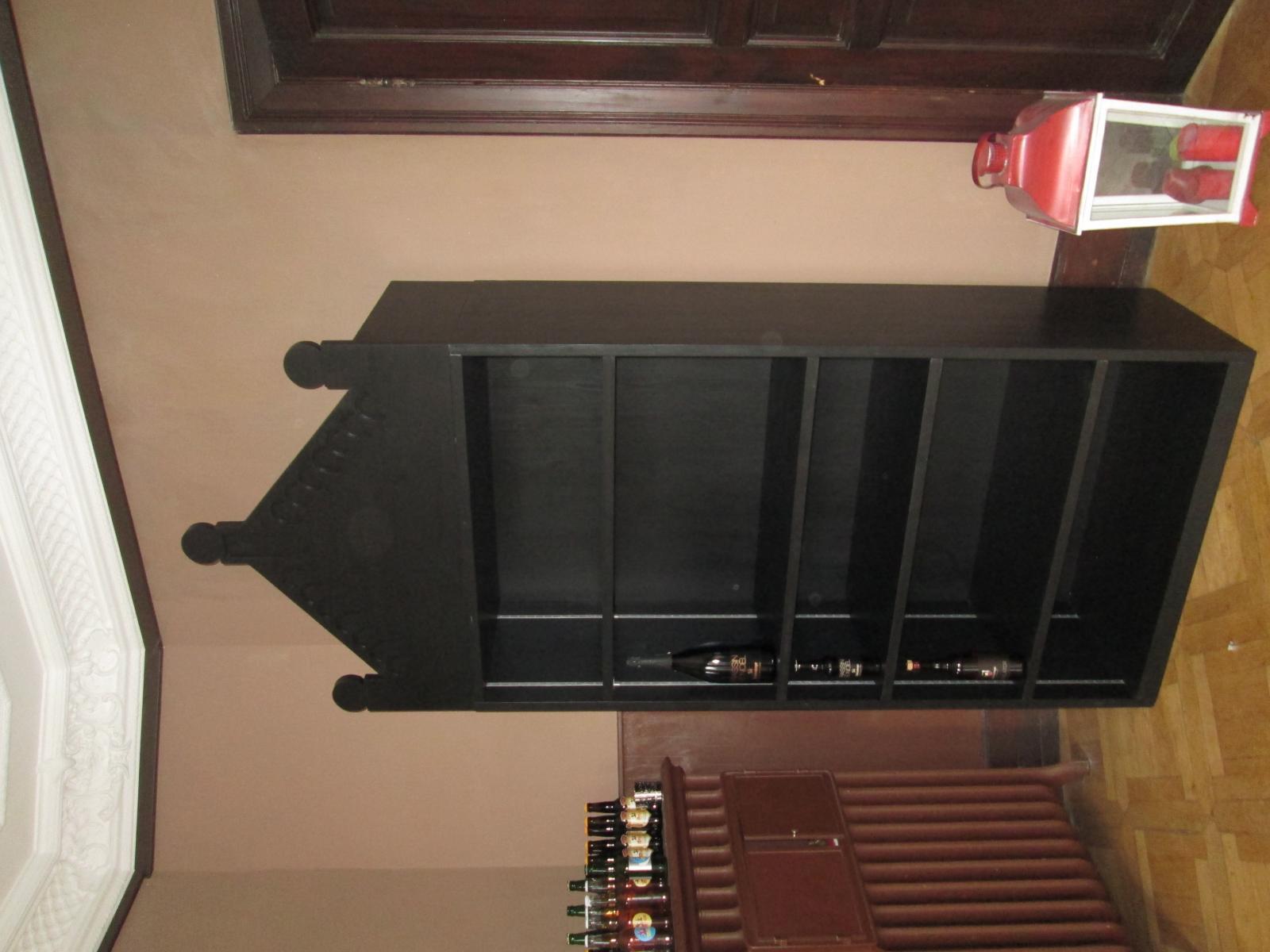 meuble de prsentation medium size of meuble console traduction anglais coiffeuse ancien style. Black Bedroom Furniture Sets. Home Design Ideas